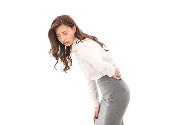 おじぎで痛い腰痛と反って痛い腰痛